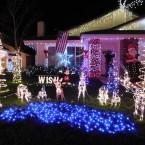 8 - wakefield_winter_wonderland_saugus_santa_clarita_christmas_lights_los_angeles