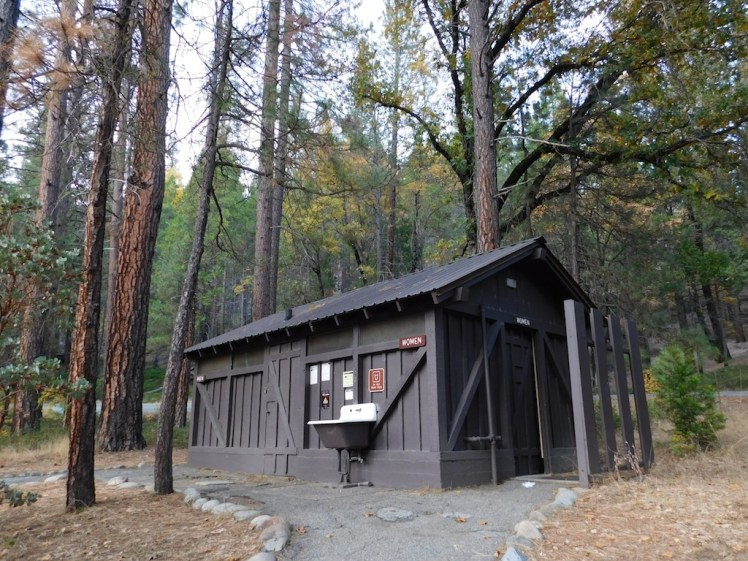 16-wawona-campground-yosemite