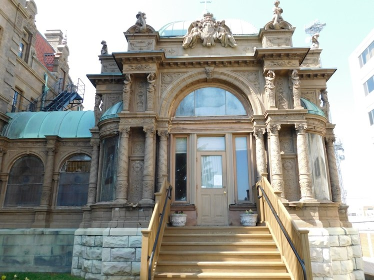 5-pabst-mansion-milwaukee