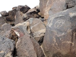16-petroglyph-national-monument-boca-negra-canyon