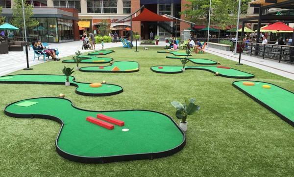 9-Hole Mini Golf Course Rental