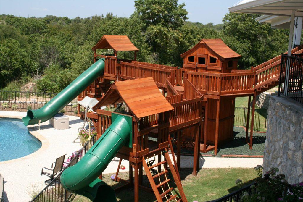 Custom Backyard Swing Sets TreeHouses Backyard Fun Factory - Backyard treehouses
