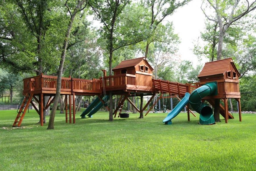 ticonderoga, fun shack, tree platform, bridge, monkey bars, Adventure Ramp, swings, playset, swing set, backyard swing set, backyard playset, twister slide, rocket slide, tire swing