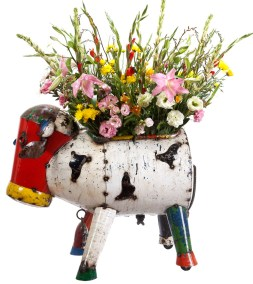 Clarence-the-Cow-Planter-3