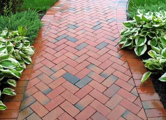 Top 11 Cheap Environment-Friendly Ideas for your Backyard Path & Walkways 1