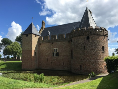 Burg Radboud