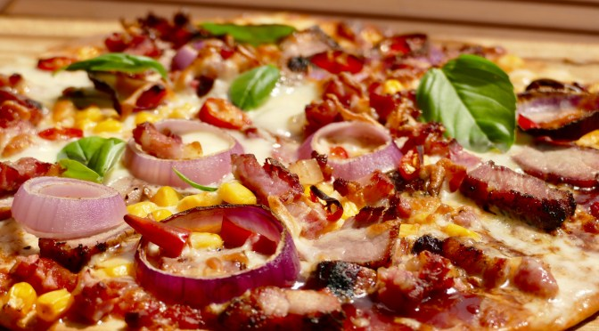 BBQ Pizza // Nackensteak & Bacon