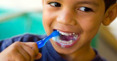 brush-teeth-daily.jpg
