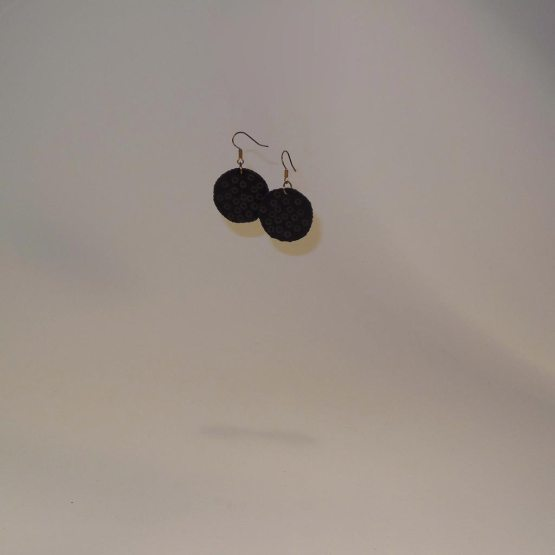 Anti-gaspi-boucles-oreilles-cuir-upcycle