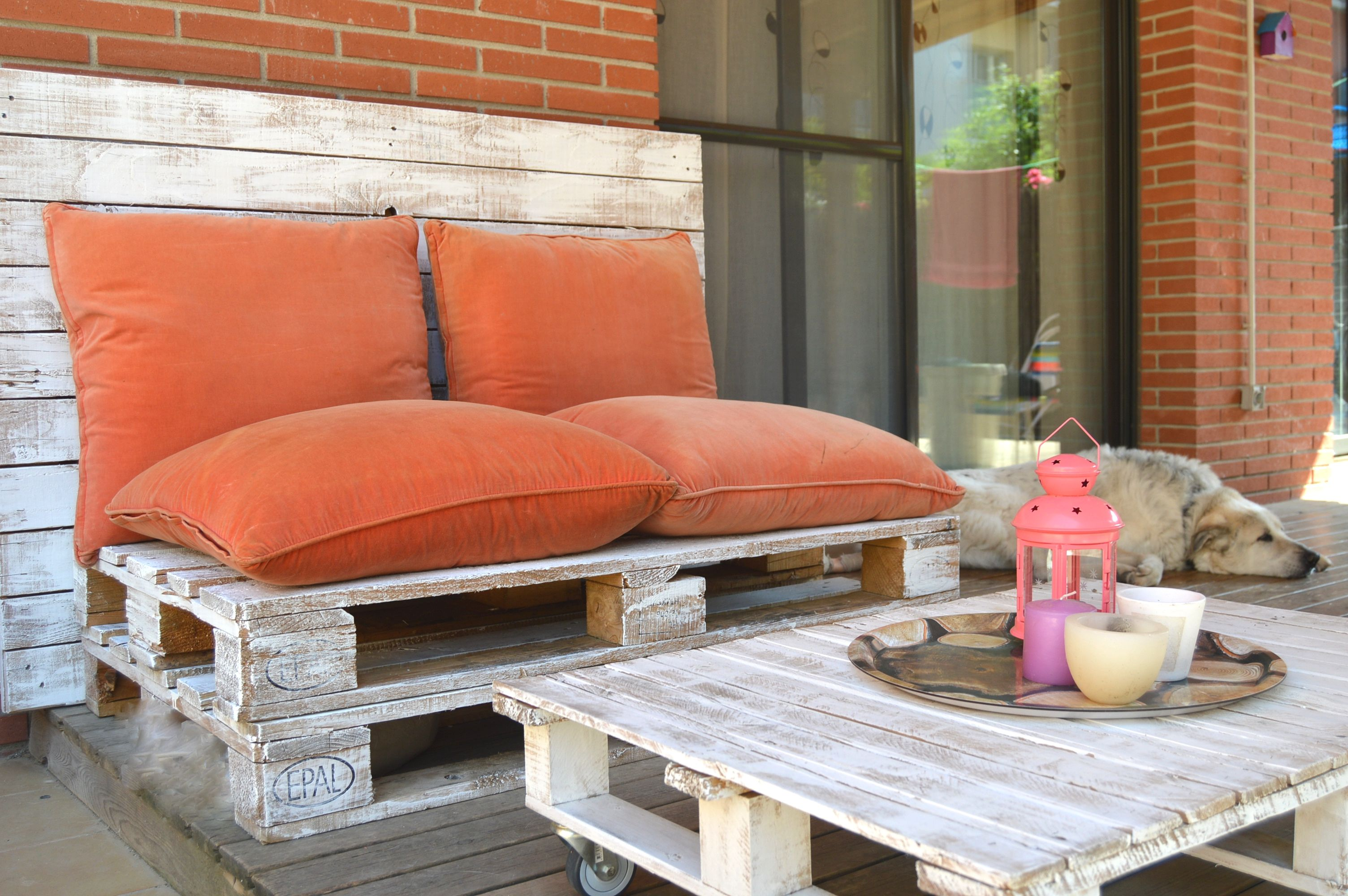 asiento diy con palets para la terraza with sofa chill out con palets with terraza chill - Chill Out Con Palets
