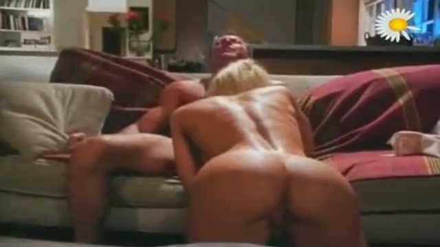 Tawny Roberts 2 In The Housekeeper