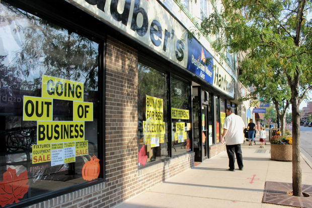 Stauber Hardware Closing
