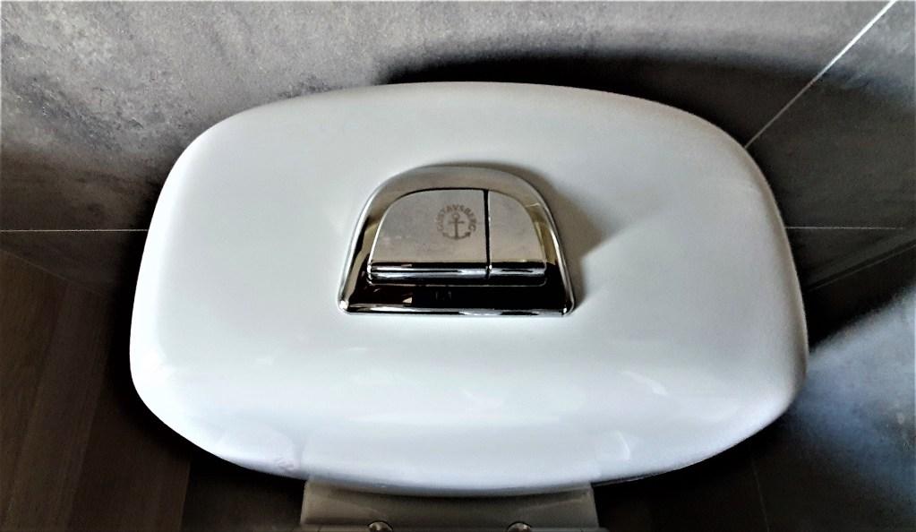 vannbesparende toalett