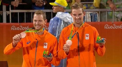 Alexander Brouwer en Robert Meeuwsen Goud: Beachvolleybal