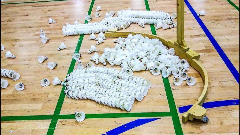 maxresdefault 40 - Badminton shuttlecock collector