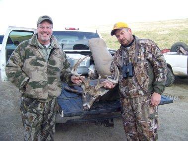 deer-hunting_2697656688_l