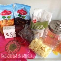 Brownie in een pot, ingrediënten op schaal. Afscheid kinderdagverblijf juf