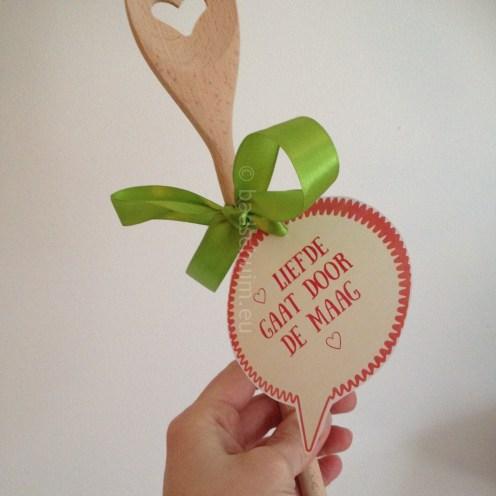 Liefde gaat door de maag_gratis valantijskaartjes printen voor een last minute Valentijsn DIY_creatief lifestyle blog badschuim.eu
