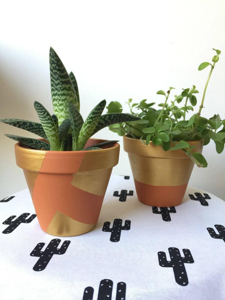 Terracotta bloempotjes verven - pimp je bloempot DIY_01