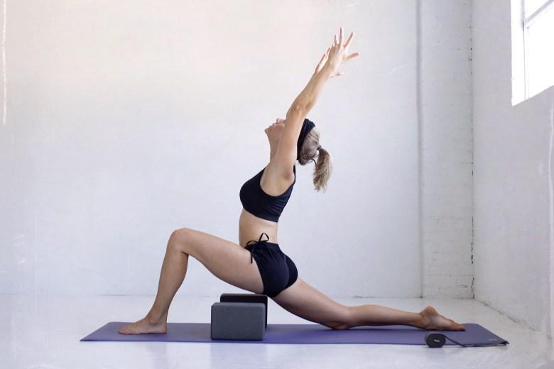 manduka prolite yoga mat and manduka yoga blocks