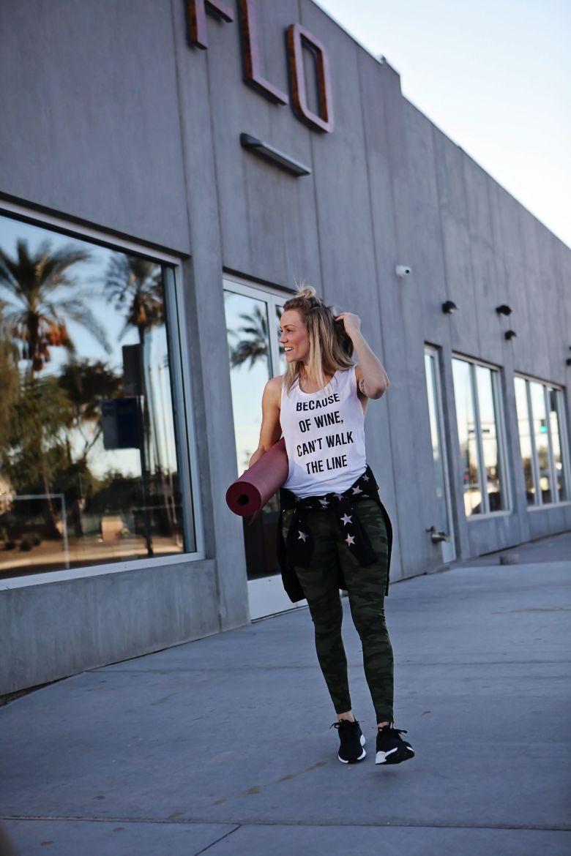 city yoga workout fashion