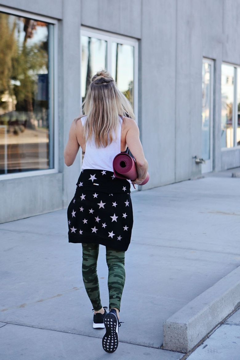 stars and camo workout outfit