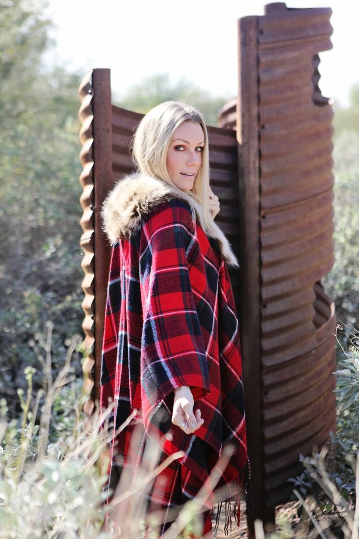 faux fur collar red plaid shawl 3
