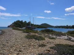12 islands boat tour