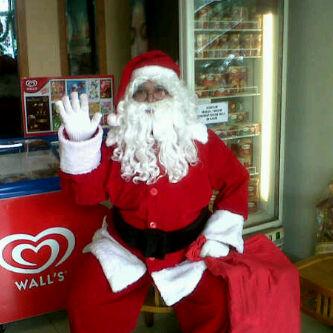 Jasa Santa Claus (Sinterklas) & Zwarte Piet (Pit Hitam)