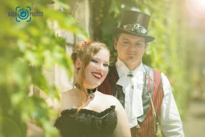 Shooting-Baer.Photos-Fotograf-Holger-Bär-Paar-Gothic-Renaissance-Schloss-Bückeburg-MPS-Park-Lady-Elria-Lord-Drago