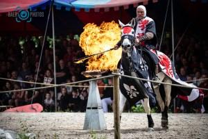 Events-Ritter-Feuer-Reiter-Pferd-Ritterspiele-Mittelaltermarkt-Burg-Satzvey-Baer.Photos-Fotograf-Holger-Bär