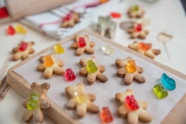 Kinder Kekse mit Gummibärchen