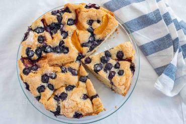Marillen Heidelbeer Kuchen mit Zuckerkruste