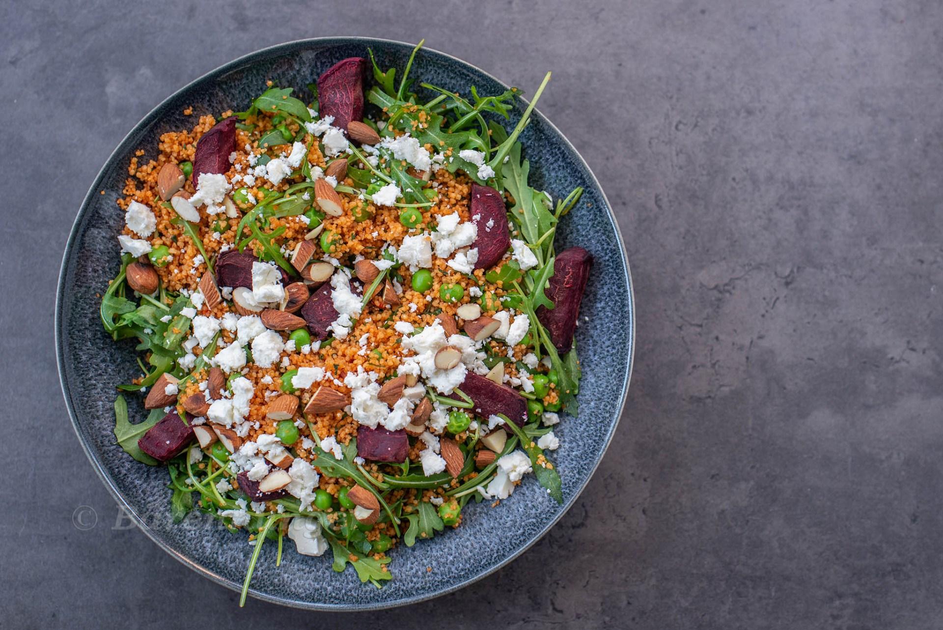 Couscous Salat mit roter Bete und Feta
