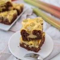 Rhabarber Käsekuchen Brownies