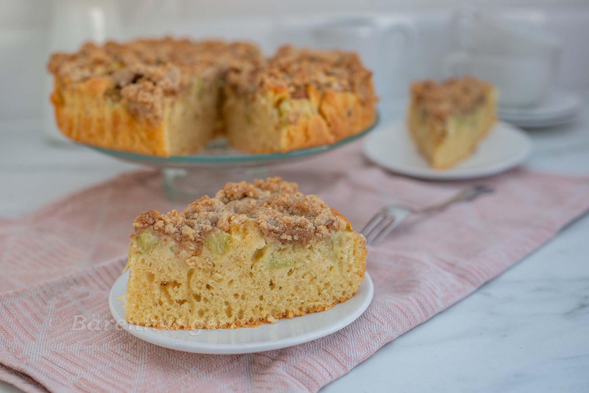 Sauerrahm Rhabarber Kuchen