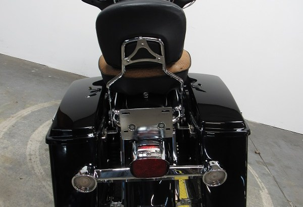 Used-2003-Harley-Electra-Glide-FLHT-U4127-for-sale-in-Michigan-U4791-back2