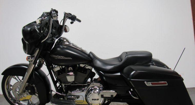 Used-Harley-FLHX-Big-wheeled-bagger-for-sale-in-michigan-U4815-2
