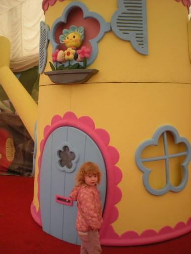 Fifi's house
