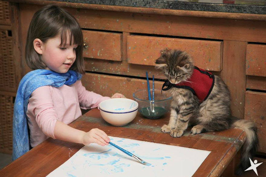Thula The Therapy Cat With Autistic Artist Grace