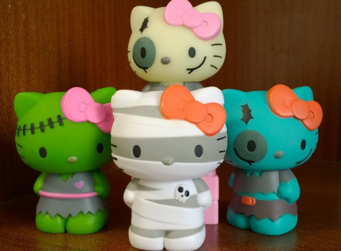 fakta seputar boneka hello kitty