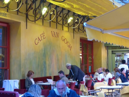 Arles cafe