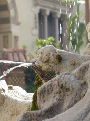 Frog fountain Rome