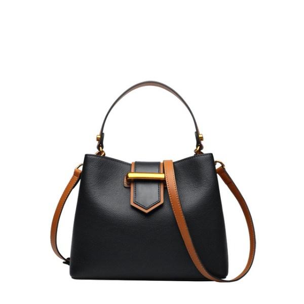 Купить Сумка женская кожаная черного цвета/черная Laorentou, Fashion City фото цена