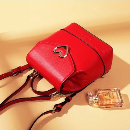 Designer heart red 1