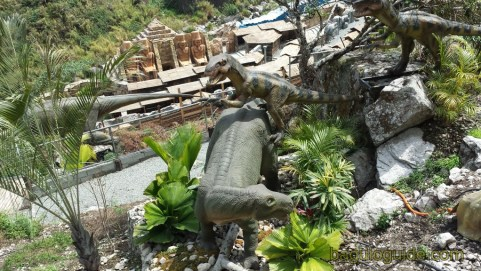 dinosaur island baguio terrible claw stalking iguana tooth