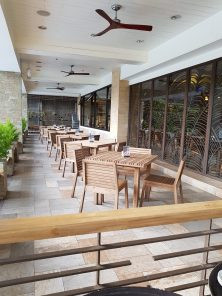 elements-baguio-outside-dining