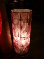 本物の葉っぱを貼り込んだランプ♪高さ50cm.