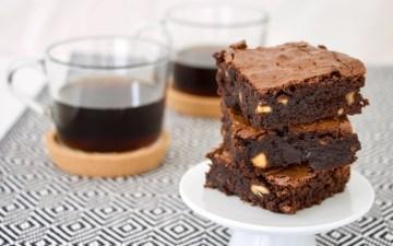 Brownie med kaffekopper Bagvrk.dk