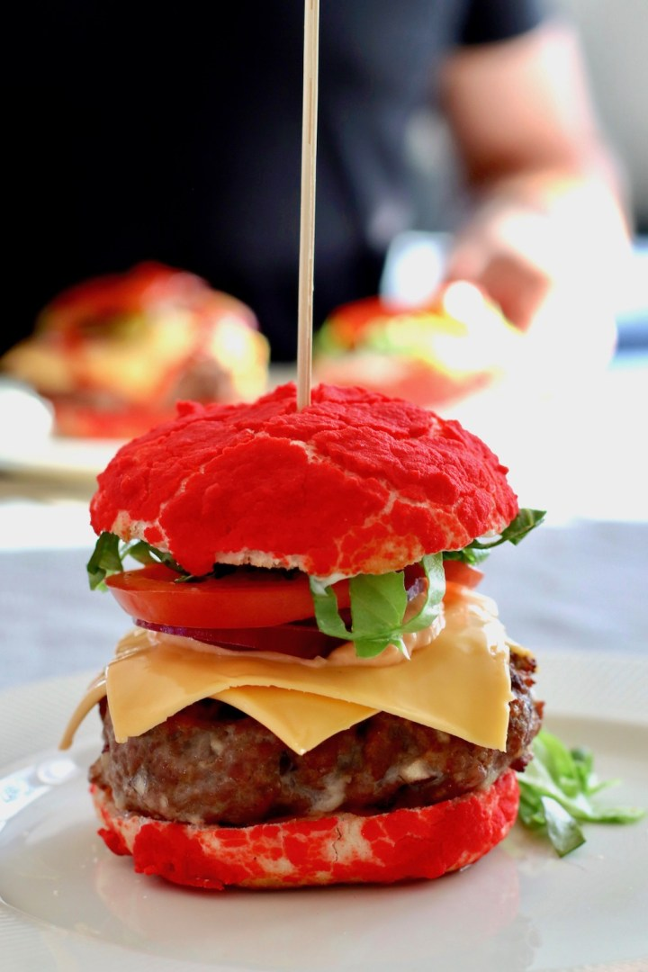 Farvede sandwichboller som burgerboller Bagvrk.dk